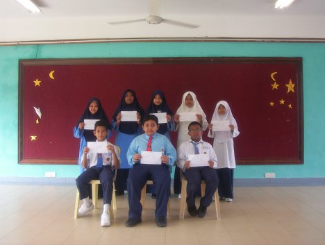 9 orang pelajar mendapat 4A 1B. Tahniah